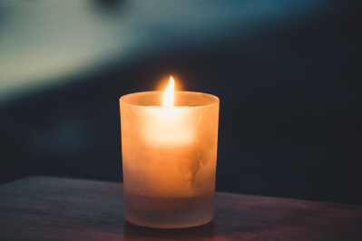 memorial candle399x266