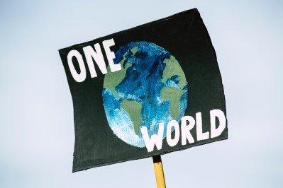 world sign 399x266